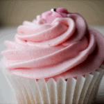 Cupcakes med hindbær frosting
